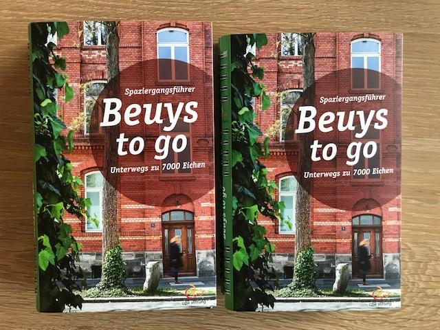 """Spaziergangsführer """"Beuys to go – Unterwegs zu 7000 Eichen"""""""